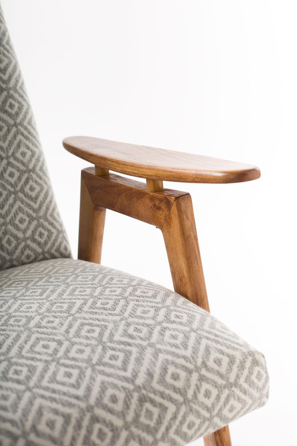 fotel ton 2