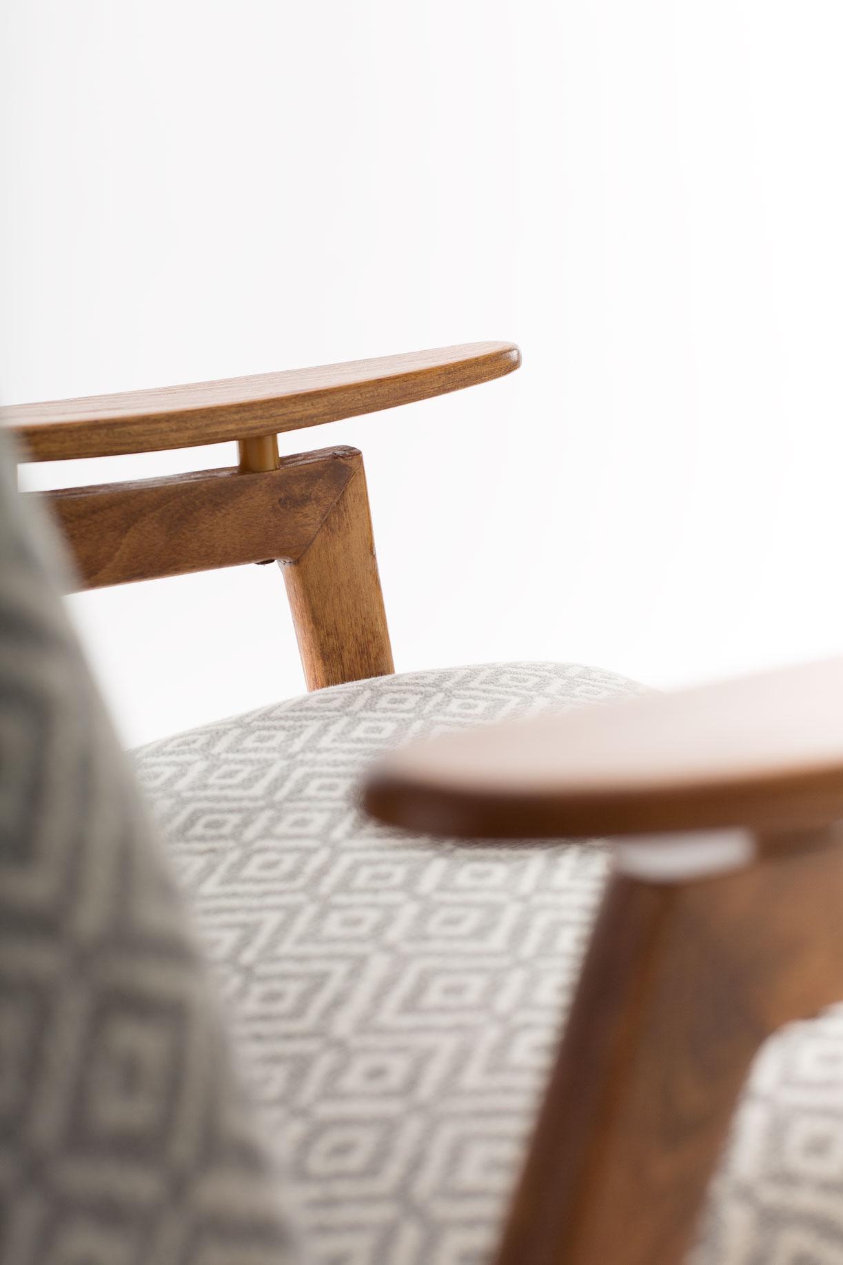 fotel ton 3