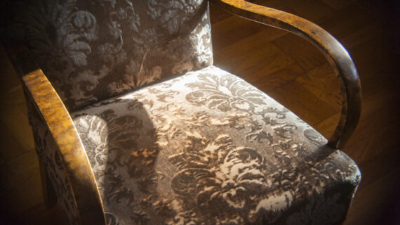 Jak odświeżyć fotel z PRLu?